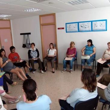 Xarrada adreçada a futurs pares i mares:   El desenvolupament emocional en la primera Infancia