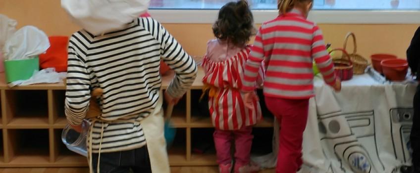 Xarrada adreçada a pares i mares de xiquets menuts i futurs pares: BENEFICIS DEL JOC NO DIRIGIT EN EL DESENVOLUPAMENT INFANTIL