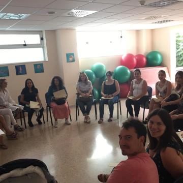 Avuí s'ha iniciat el cicle de xarrades periòdiques adreçades a futurs pares i mares per part de les professionals de l'ADI, que tindràn lloc als Centres de Salut de Borriana