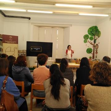 Dies 11,18 i 25 de novembre.ElS DILLUNS DE L'ADI: TERTULIES EDUCATIVES CONSTRUINT I APRENENT EN FAMÍLIA: PROMOCIÓ D'HABILITATS PARENTALS